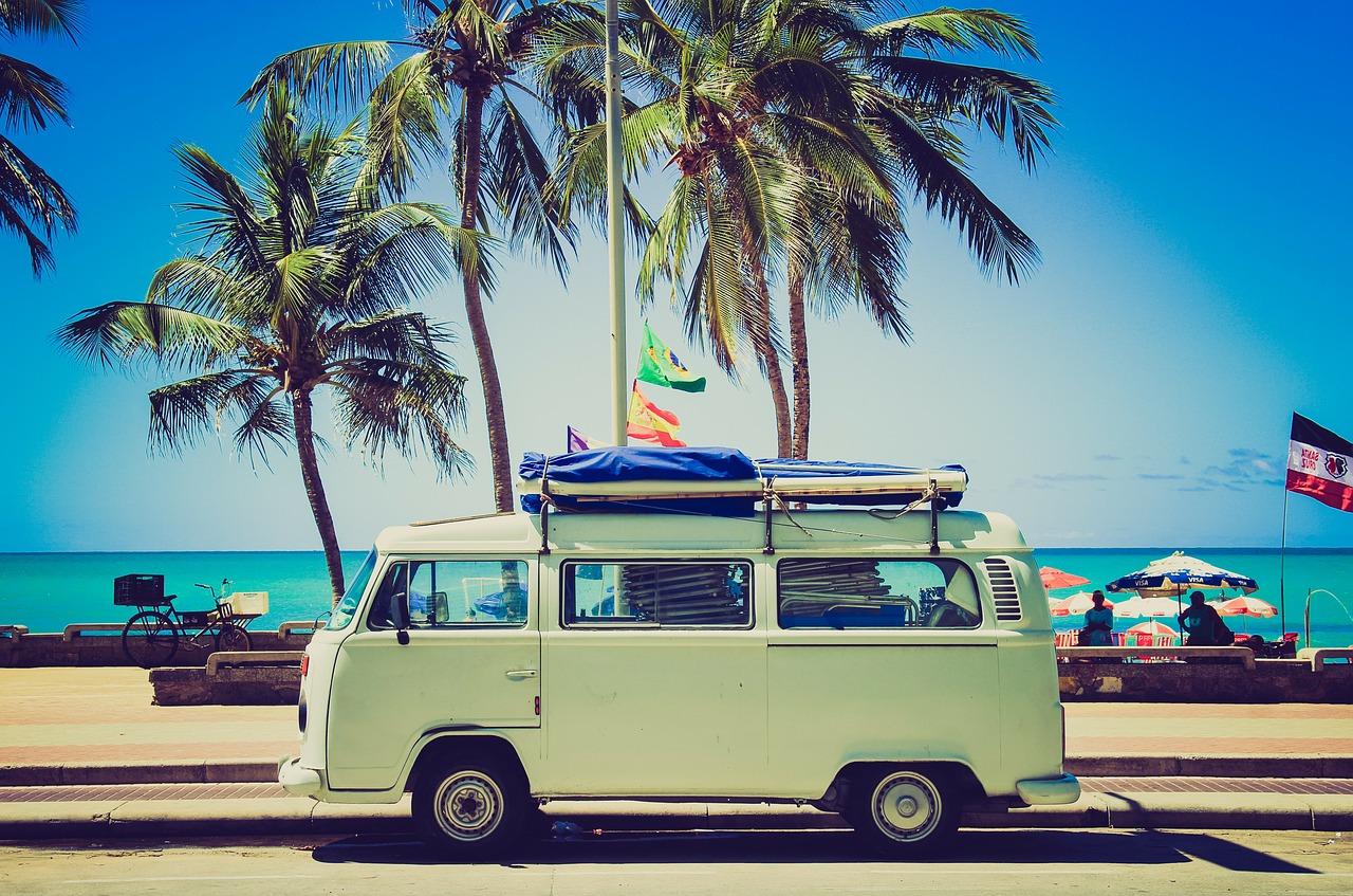 Her skal du rejse hen med dine venner til sommer